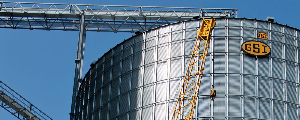 Crane_Commercial_Storage